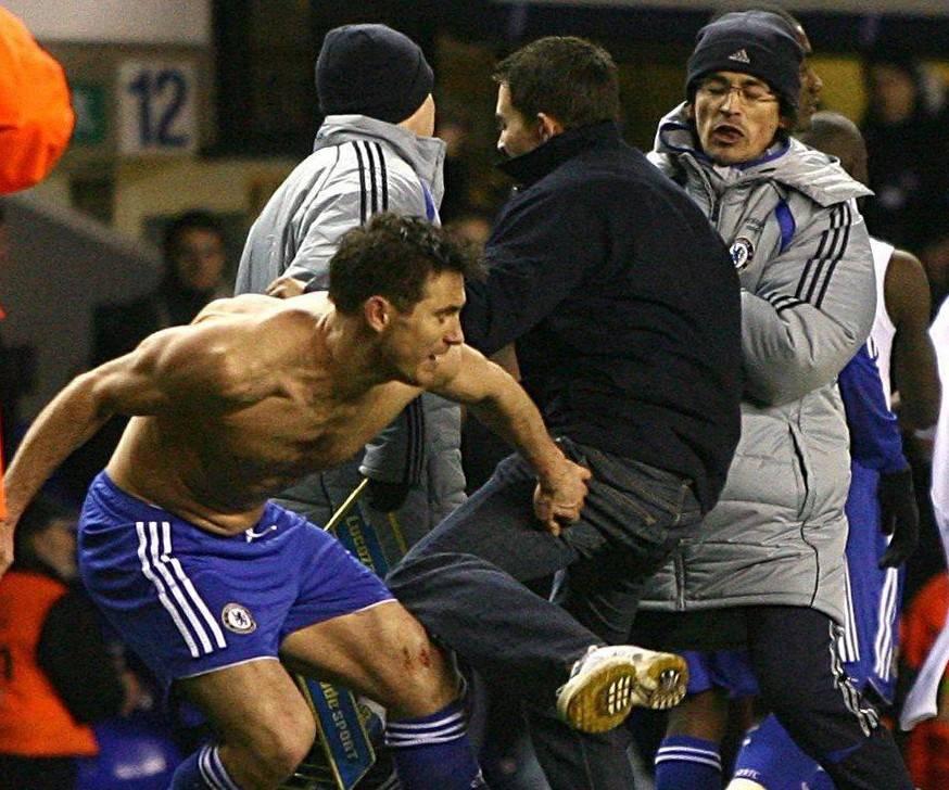 Tifoso aggredisce Lampard  Bandito a vita dagli stadi