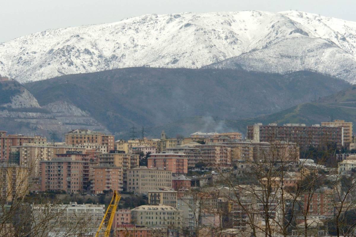 Genova si è svegliata con la corona bianca