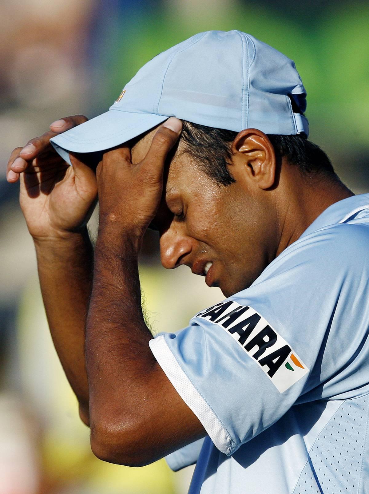 La nazionale perde a cricket,  e in India è rivolta