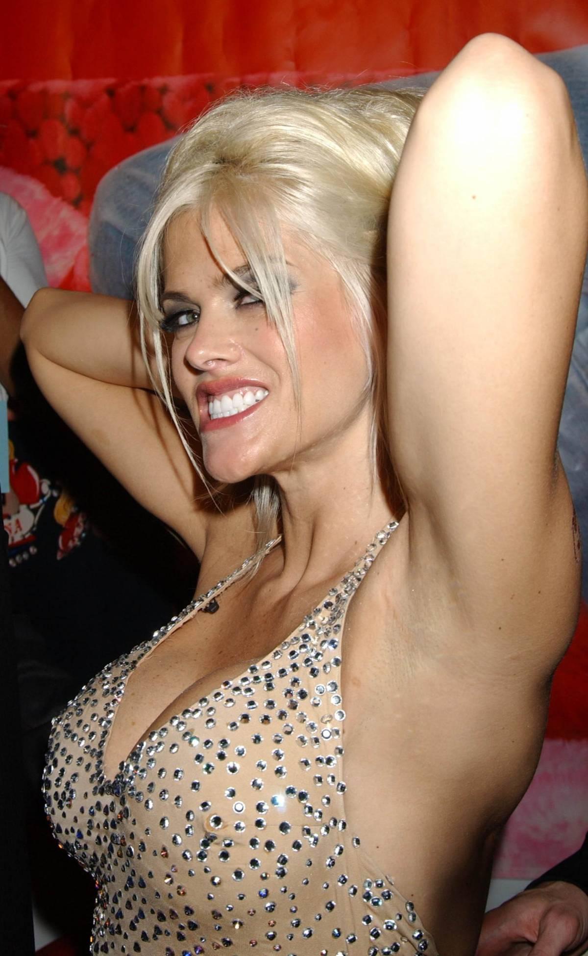 """Venduti i diari di Anne Nicole Smith: """"Odiavo il sesso"""""""