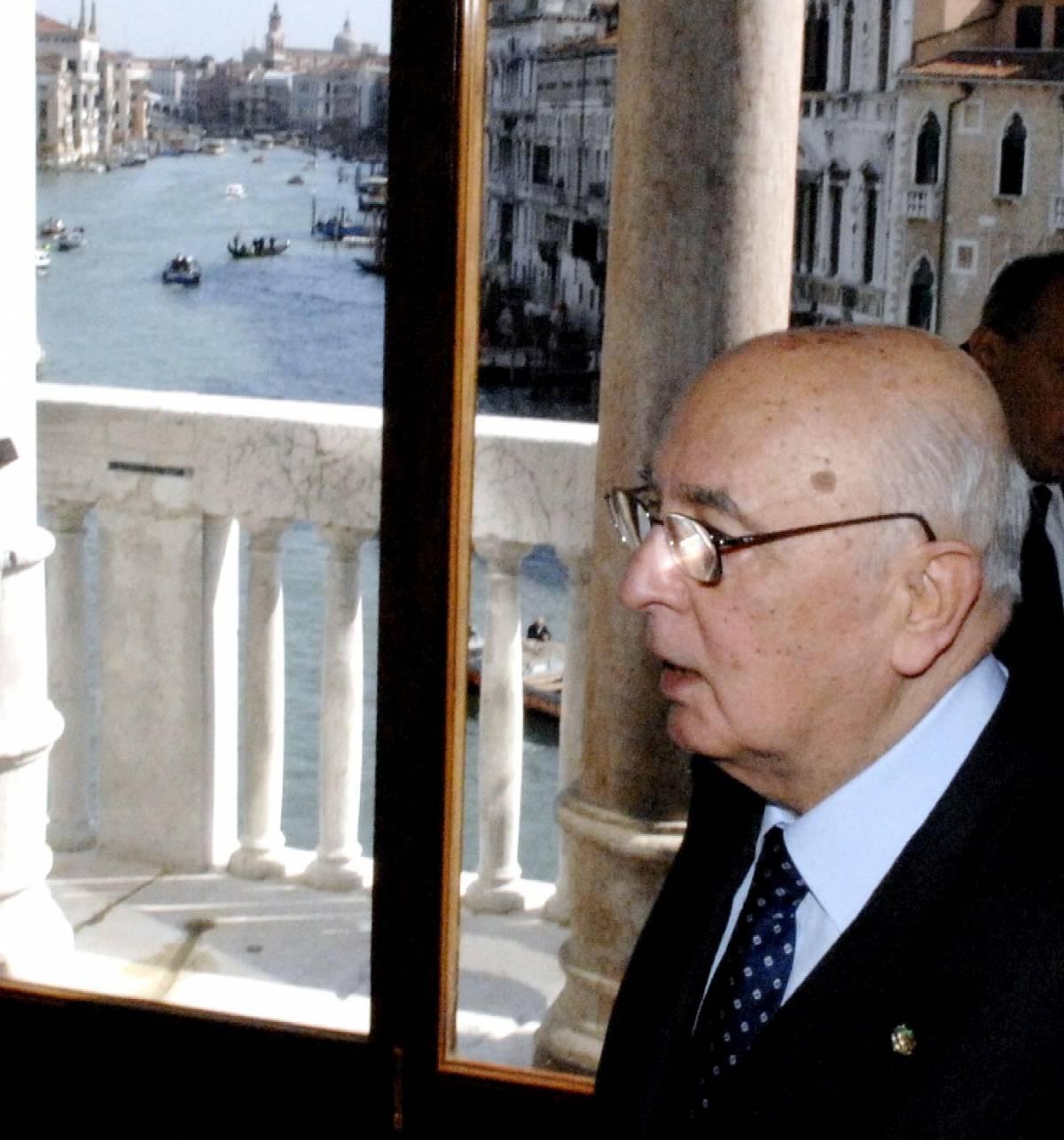 """Afghanistan, Napolitano richiama i Poli:  """"Intesa sugli impegni internazionali"""""""