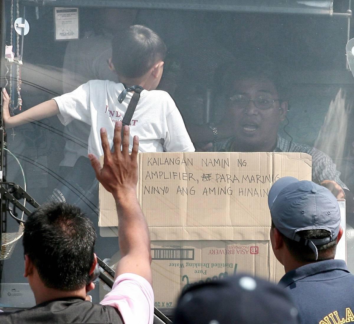 Manila, i bambini sono liberi   I sequestratori si arrendono