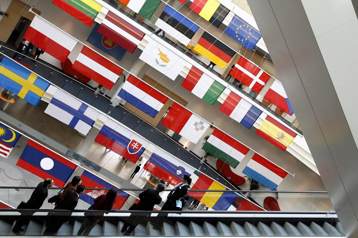 Corruzione, tre italiani  in manettea Bruxelles