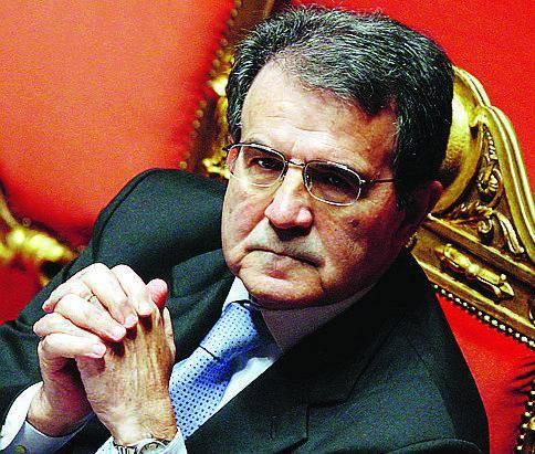 Casini: «Il nostro avversario si chiama Prodi, non Berlusconi»