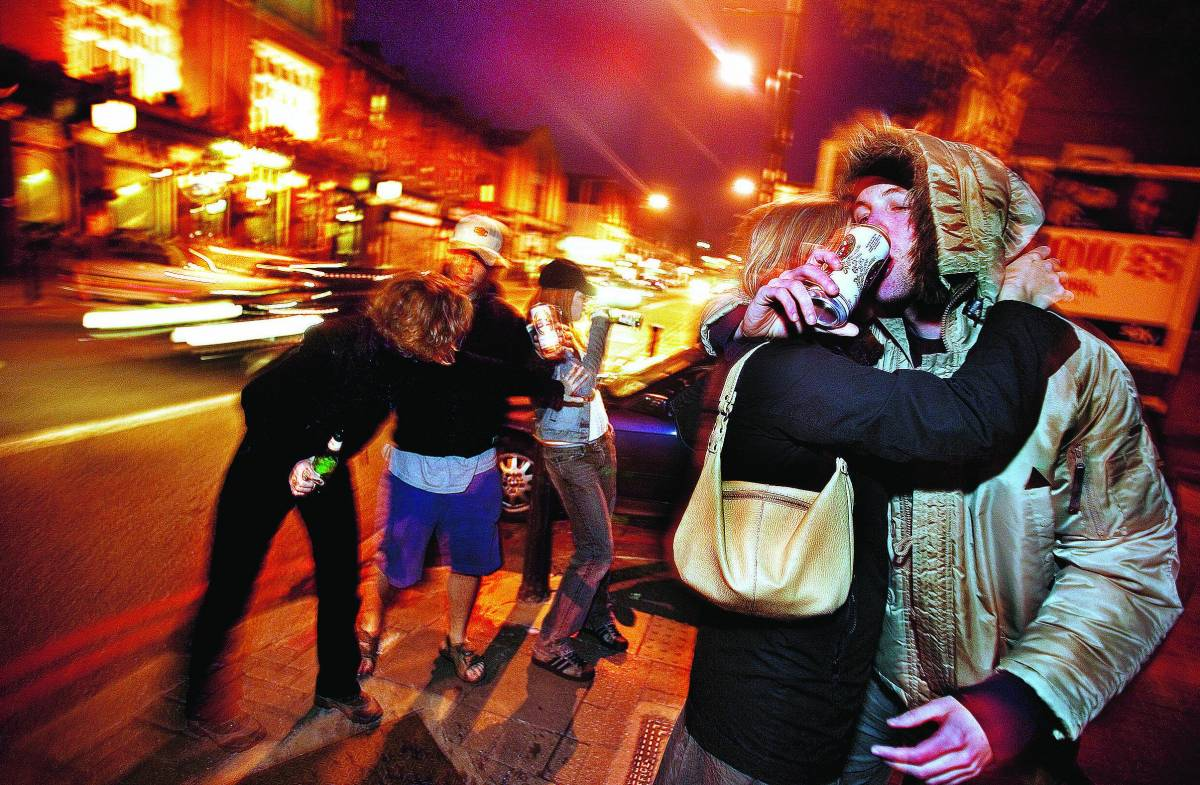 Allarme della Asl: «L'eroina ritorna tra i ragazzi di 15 anni»