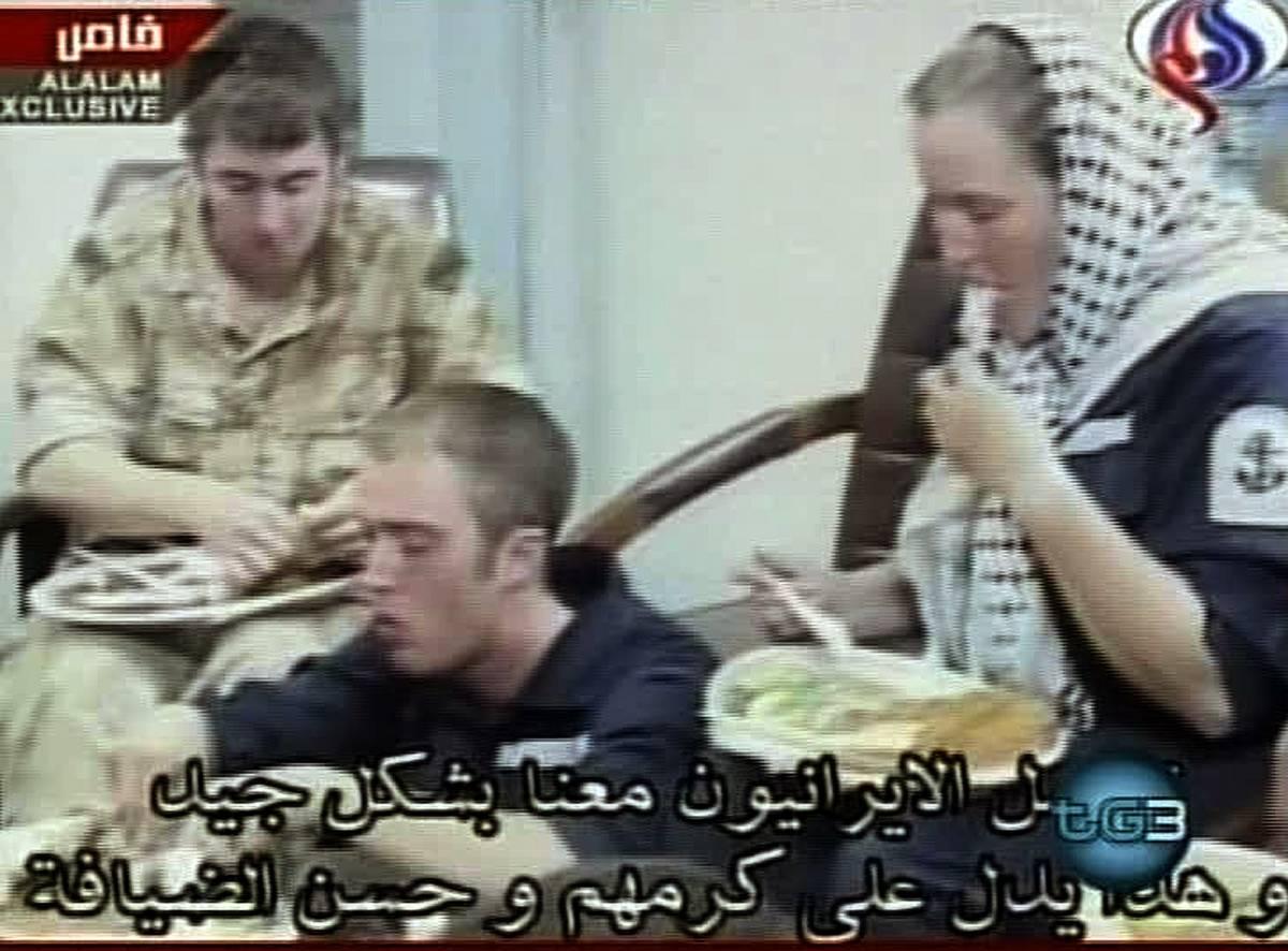 Crisi con l'Iran: un nuovo video dei prigionieri fa infuriare Blair