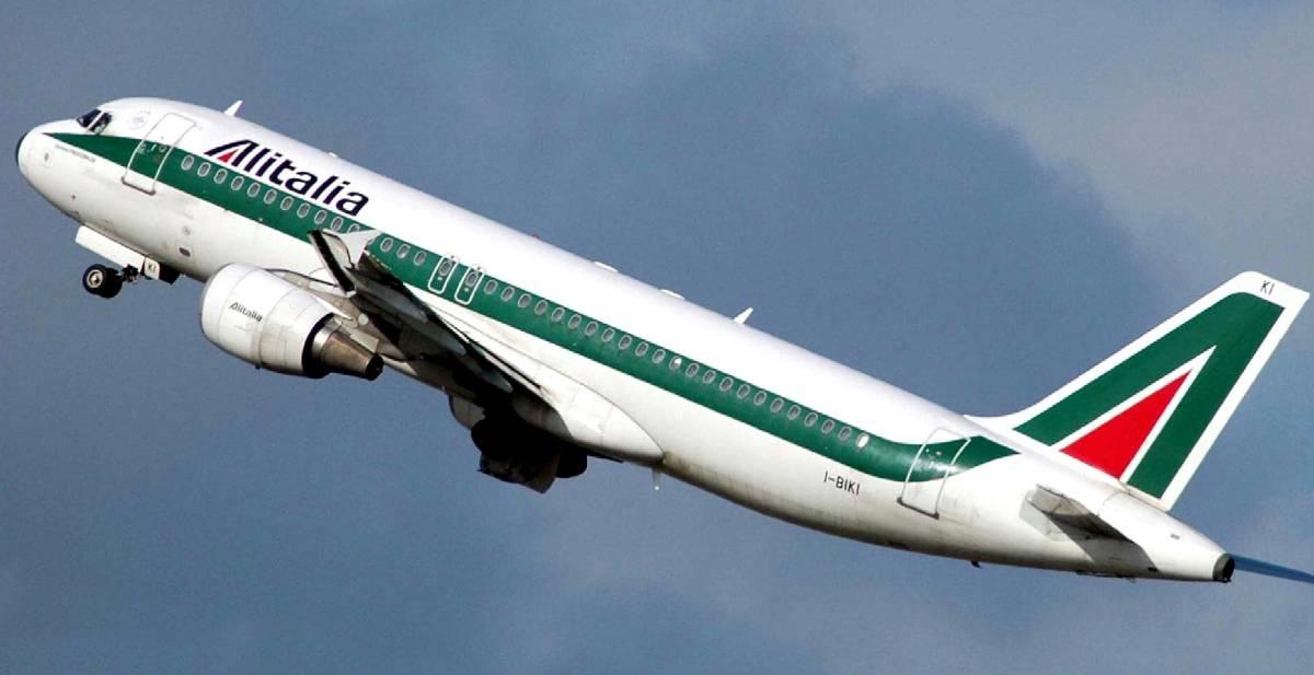 Alitalia, partita a tre per l'acquisto