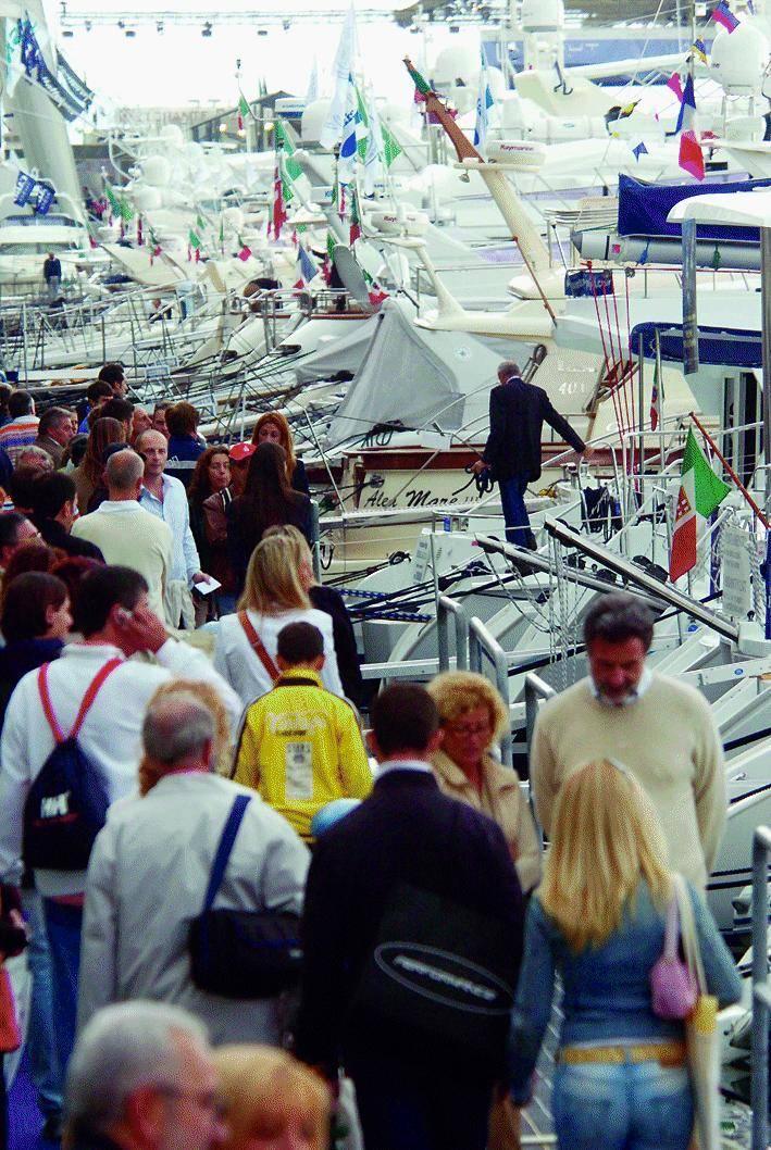 Il Salone Nautico resta nella Fiera di Genova