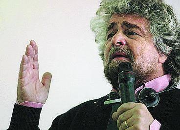 Grillo mobilita gli azionisti: «Andiamo tutti all'assemblea»