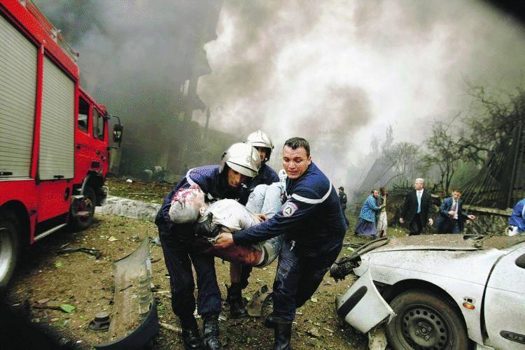 """Al Qaeda colpisce anche Algeri  Gli 007: """"Soldati italiani a rischio"""""""