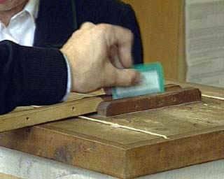 """Legge elettorale, la Margherita vuole il doppio turno. Rc: """"La parola al parlamento"""""""