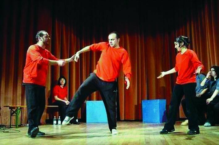 Torna «Imprò» e si ride con le sfide  di improvvisazione teatrale