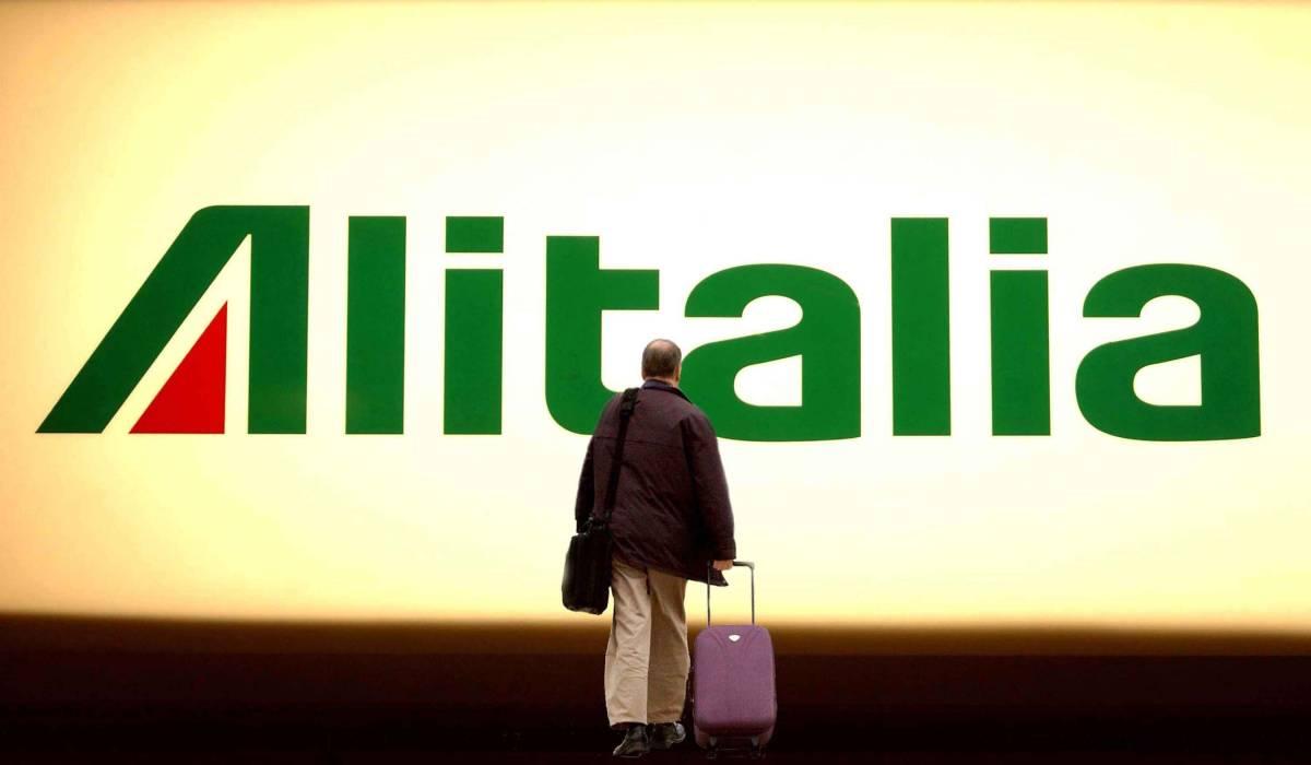 Alitalia, tre cordate per un futuro