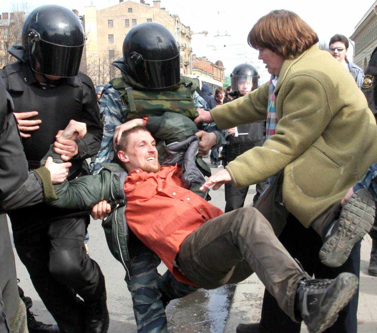 Russia, nuovi incidenti  a San Pietroburgo