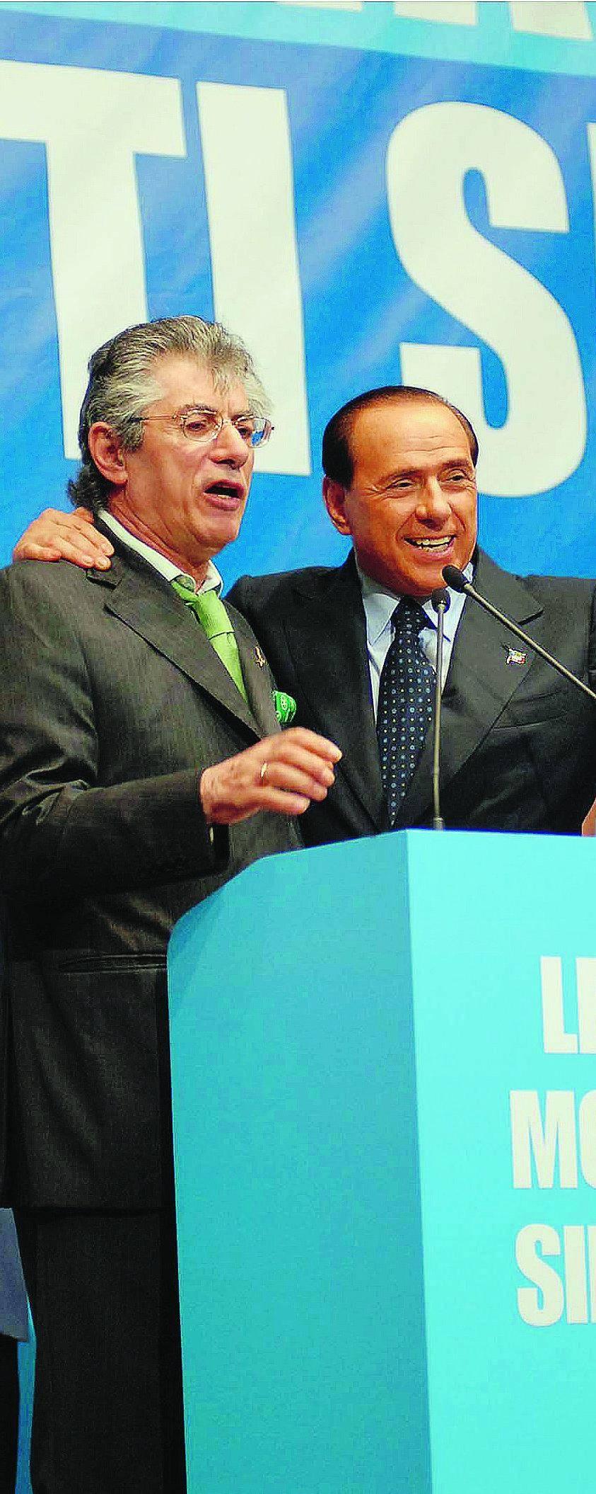 Verona, Berlusconi sonda Bossi: facciamo tutti un passo indietro