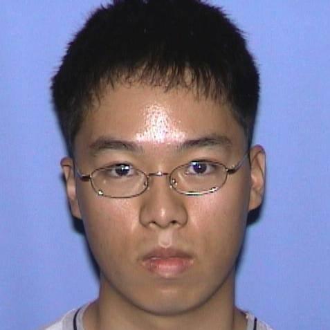"""Virginia, il killer studente sudcoreano di 23 anni  La lettera: """"Colpa vostra se l'ho fatto"""""""
