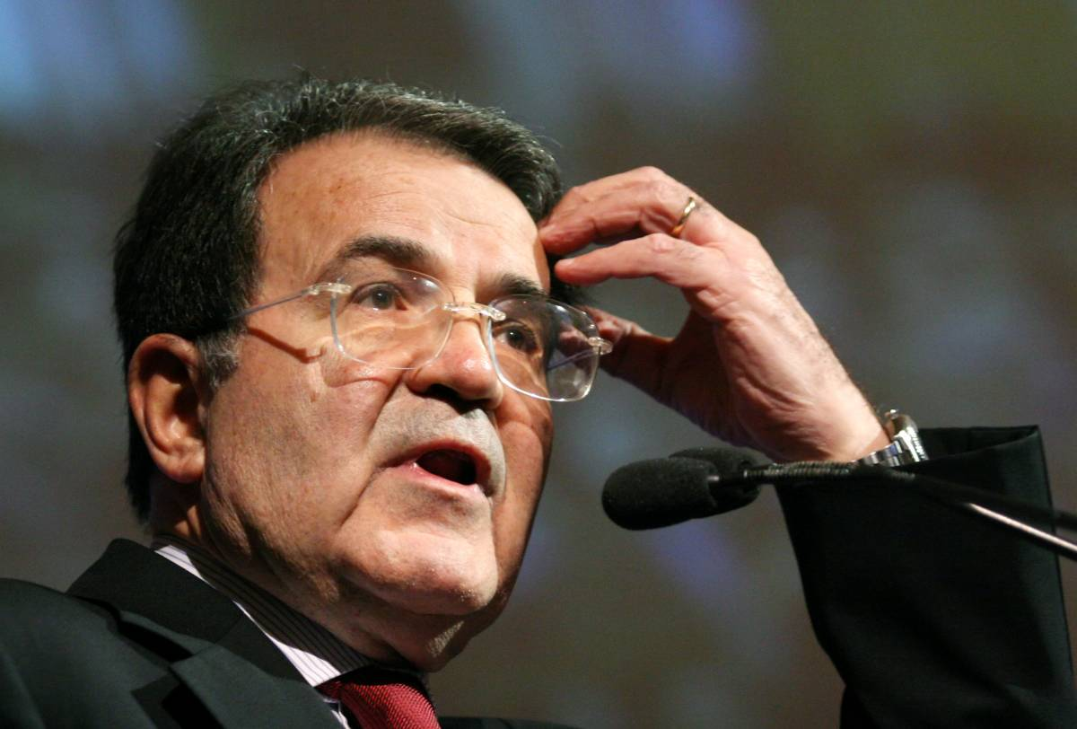 Prodi finge di essere neutrale ma disegna la nuova Telecom
