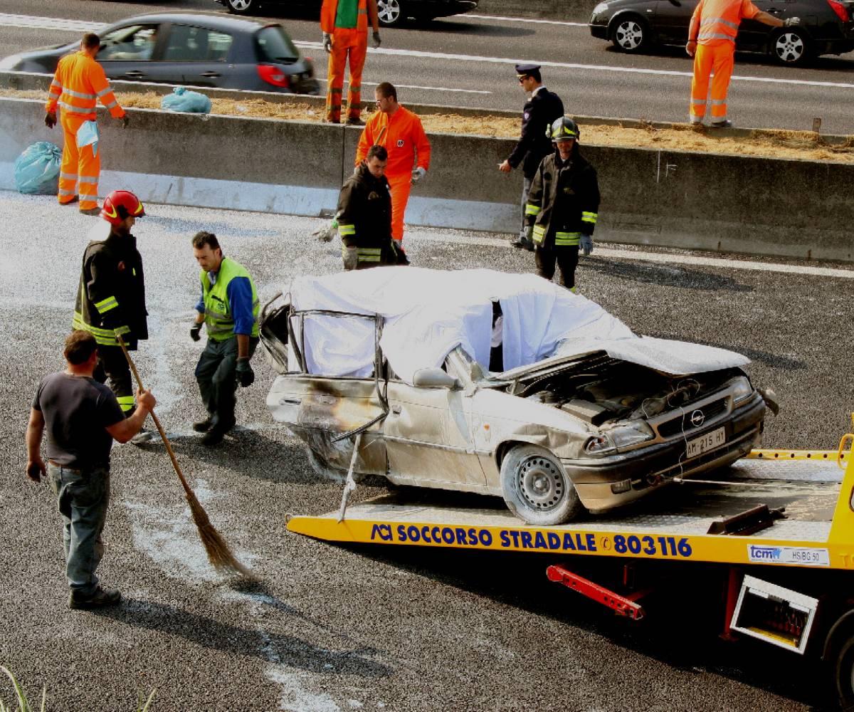 Seriate, incidente mortale sull'A4  Ragazza e tre bimbi bruciati vivi