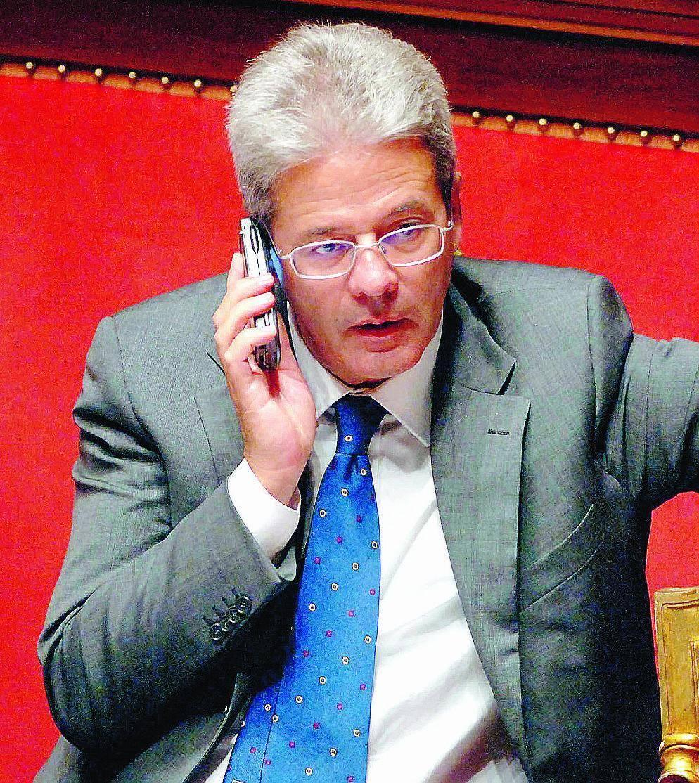 Telecom, adesso il governo separa la rete