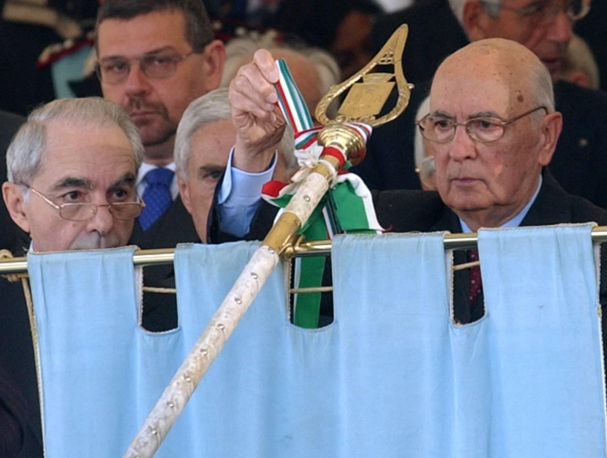 """Napolitano commemora i caduti di Cefalonia: """"Il 25 aprile è la festa di tutti gli italiani"""""""