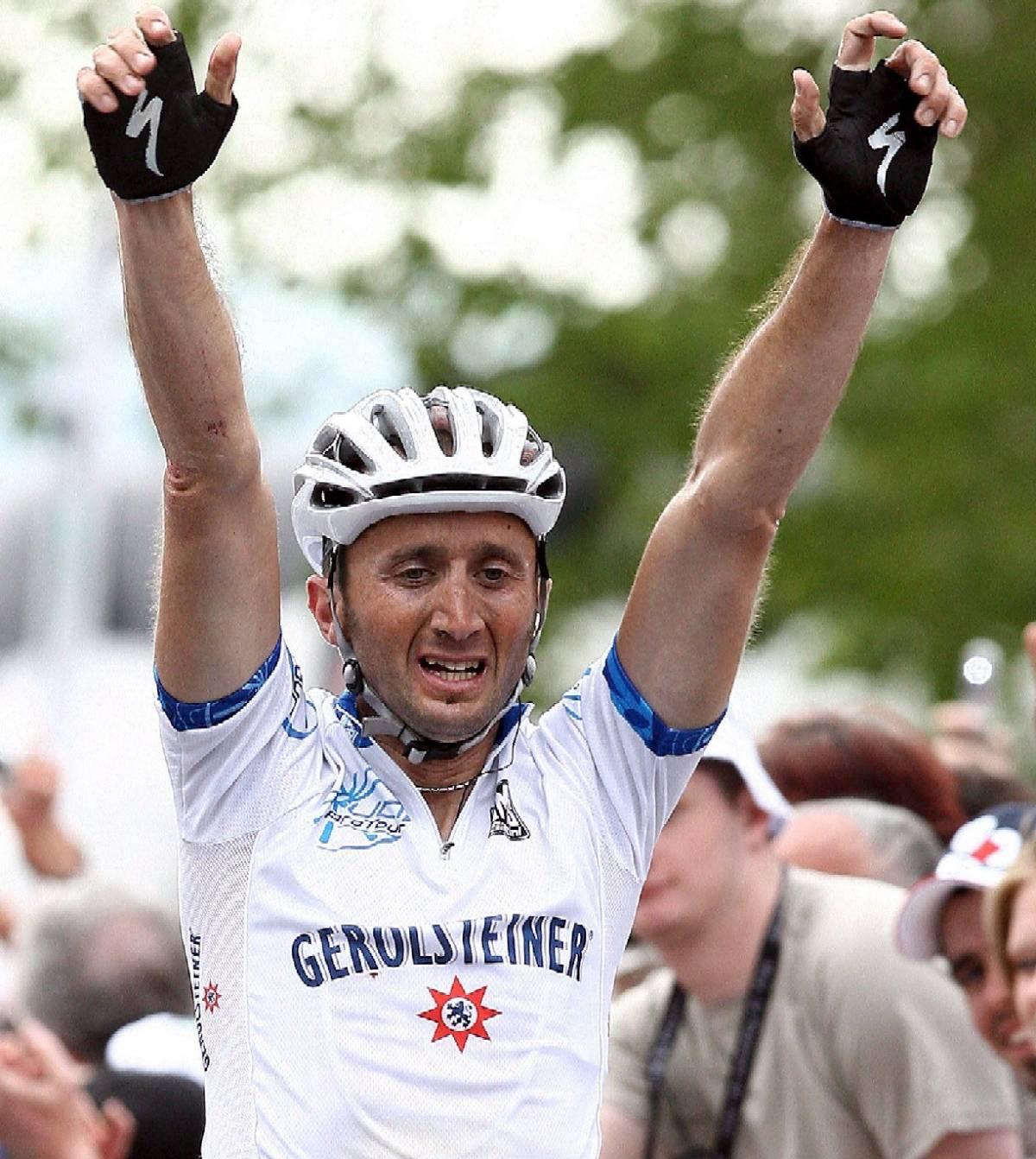 Ciclismo: Rebellin fa il bis alla Freccia Vallone, terzo Di Luca