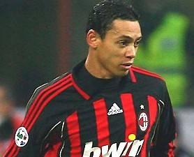"""Oliveira: """"Il mio sogno? Restare al Milan"""""""