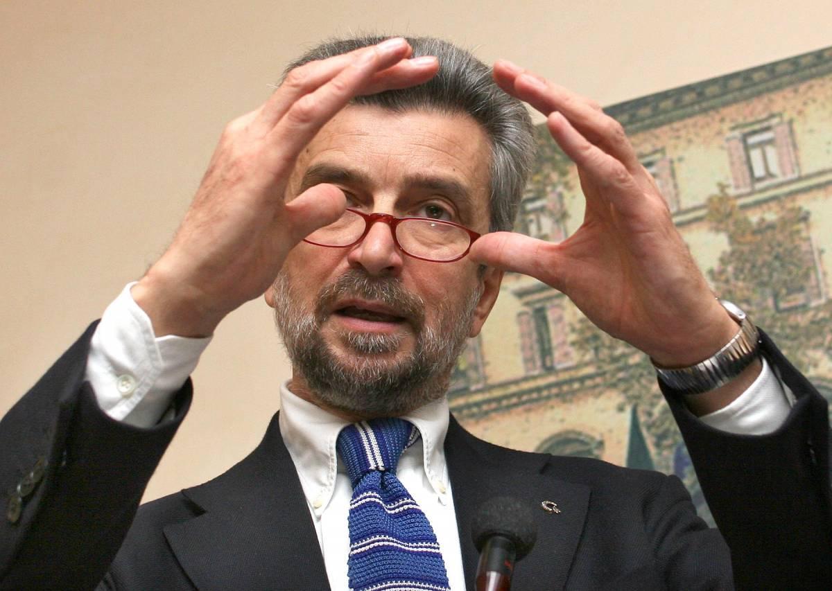 """""""Troppe tasse sugli straordinari"""". Damiano apre al Polo, no del Prc"""