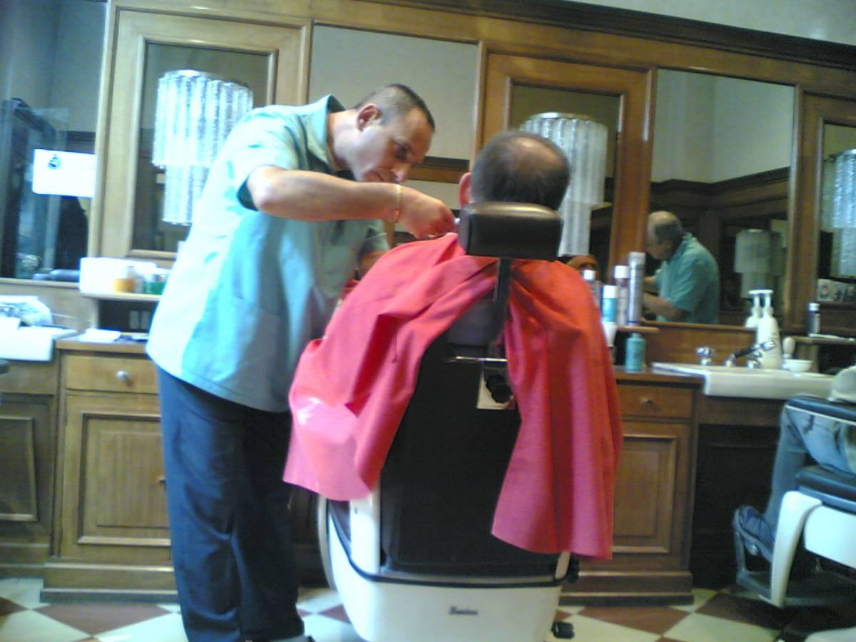 Ai barbieri del Parlamento 130mila euro l'anno