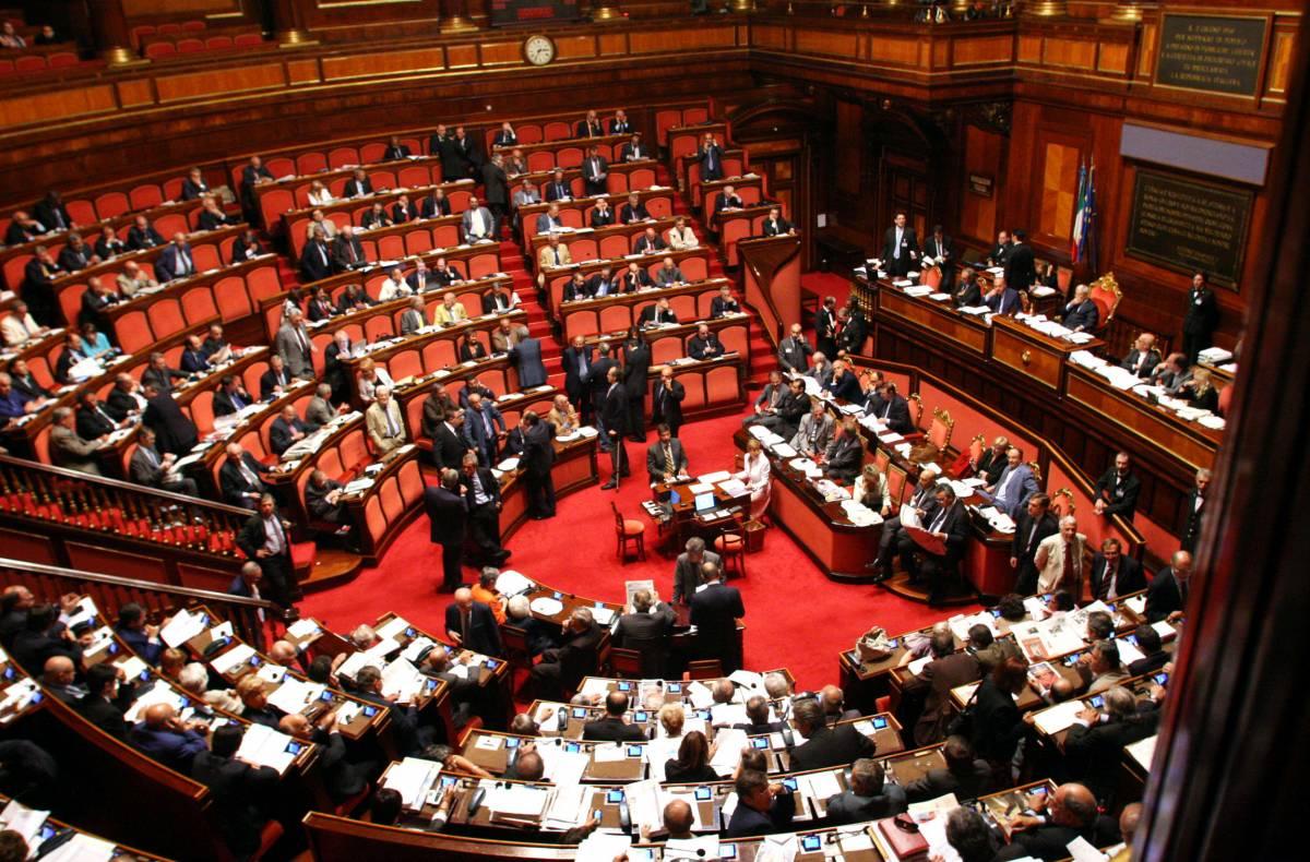 Parlamentari per un giorno  Basta per la pensione a vita