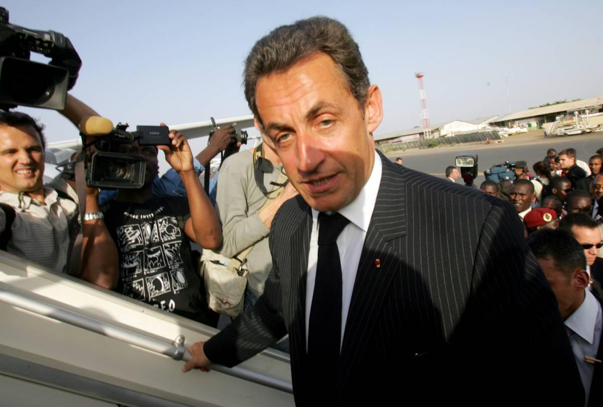 Sarkozy risolve anche la crisi del traffico di bimbi