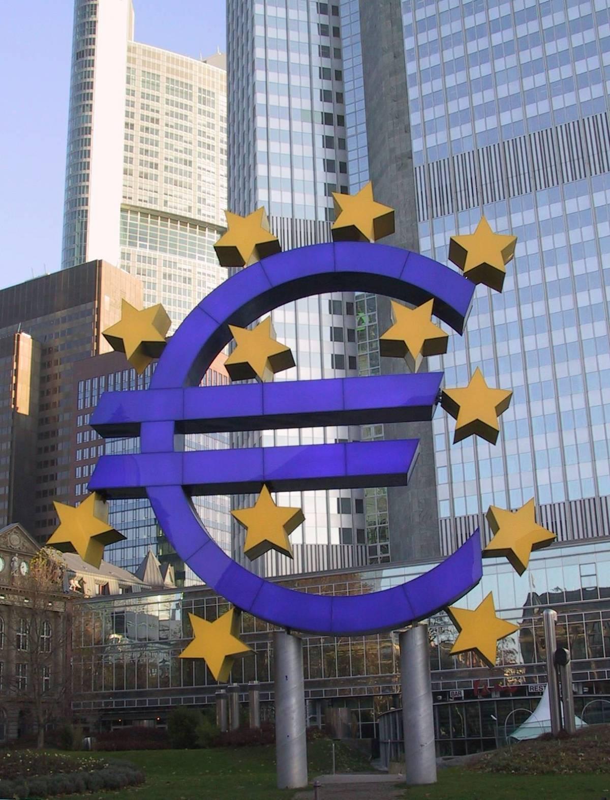 La Bce lascia invariati i tassi al 4%