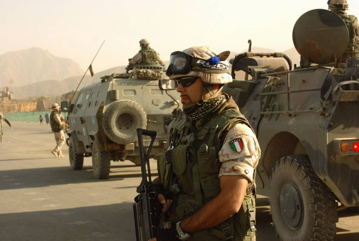Afghanistan: razzi sull'aeroporto  di Herat controllato dagli italiani