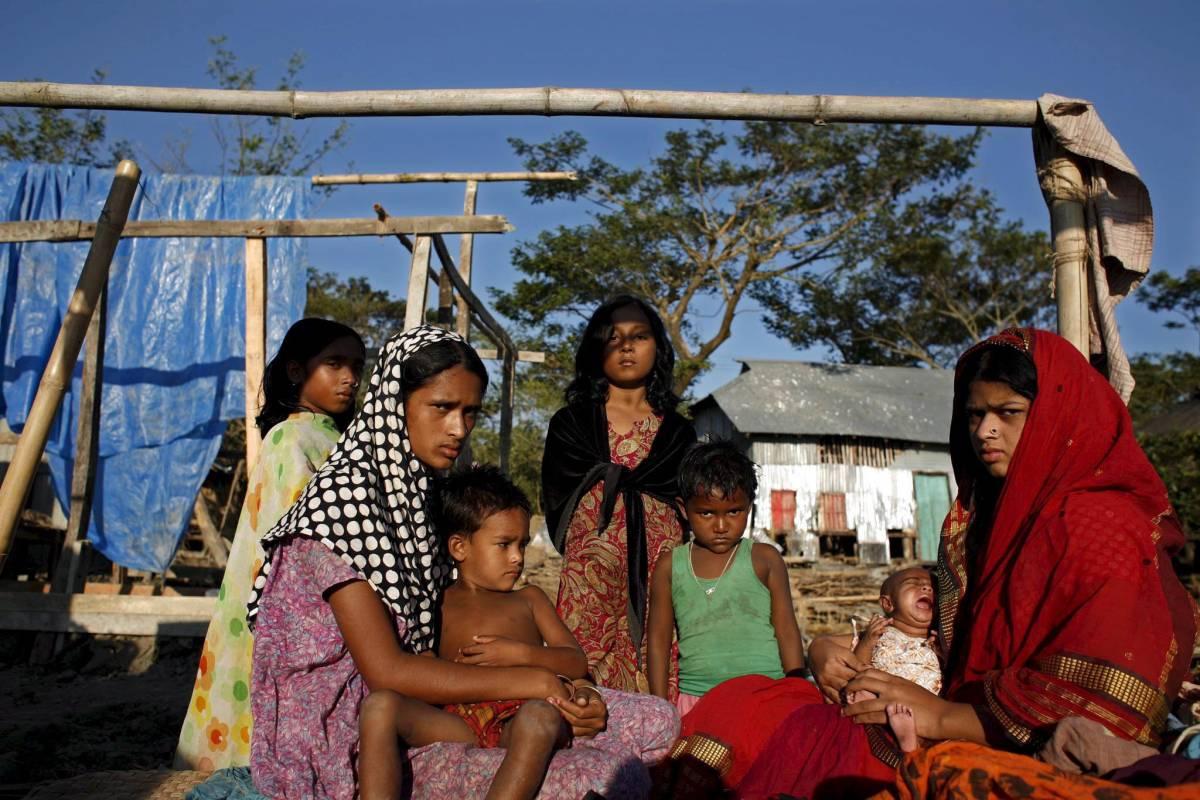 Bangladesh, è catastrofe per  il ciclone: fra 5 e 10mila morti
