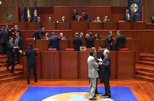 Calabria, un eletto ogni 230 abitanti