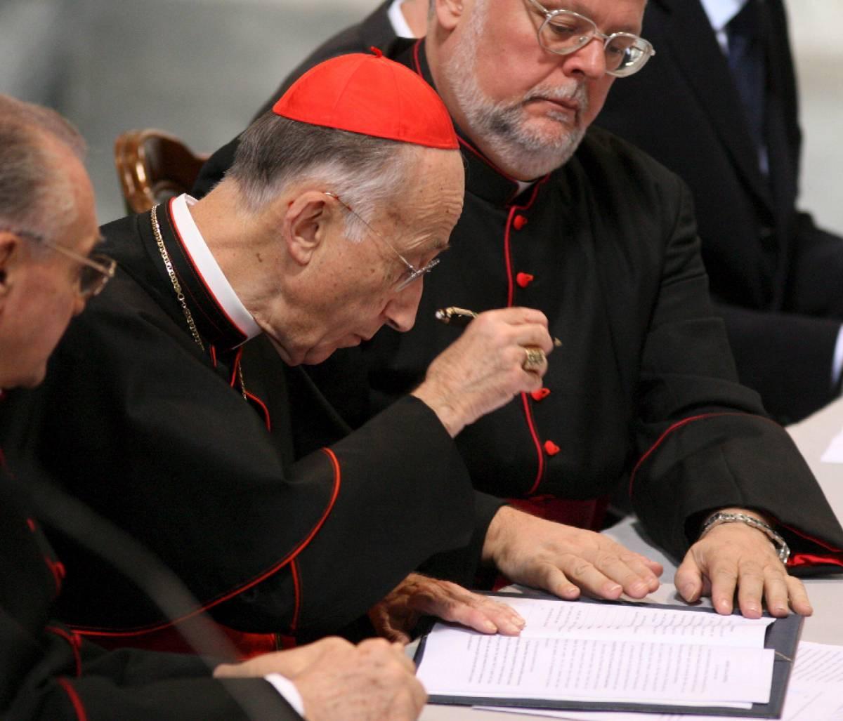 """Il cardinale Ruini: """"Provo pena per Charasma"""""""