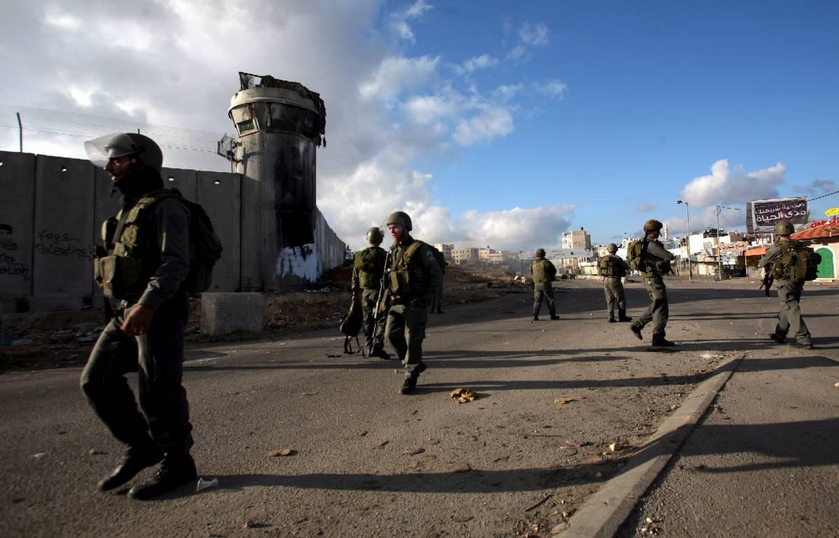 """Striscia Gaza, proseguono gli scontri  Hamas proclama """"la giornata dell'ira"""""""