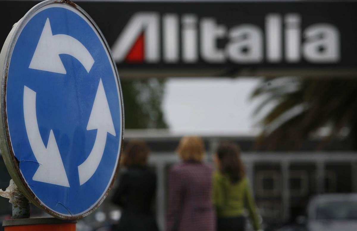 """Alitalia, le ultime verifiche prima del """"decollo"""""""