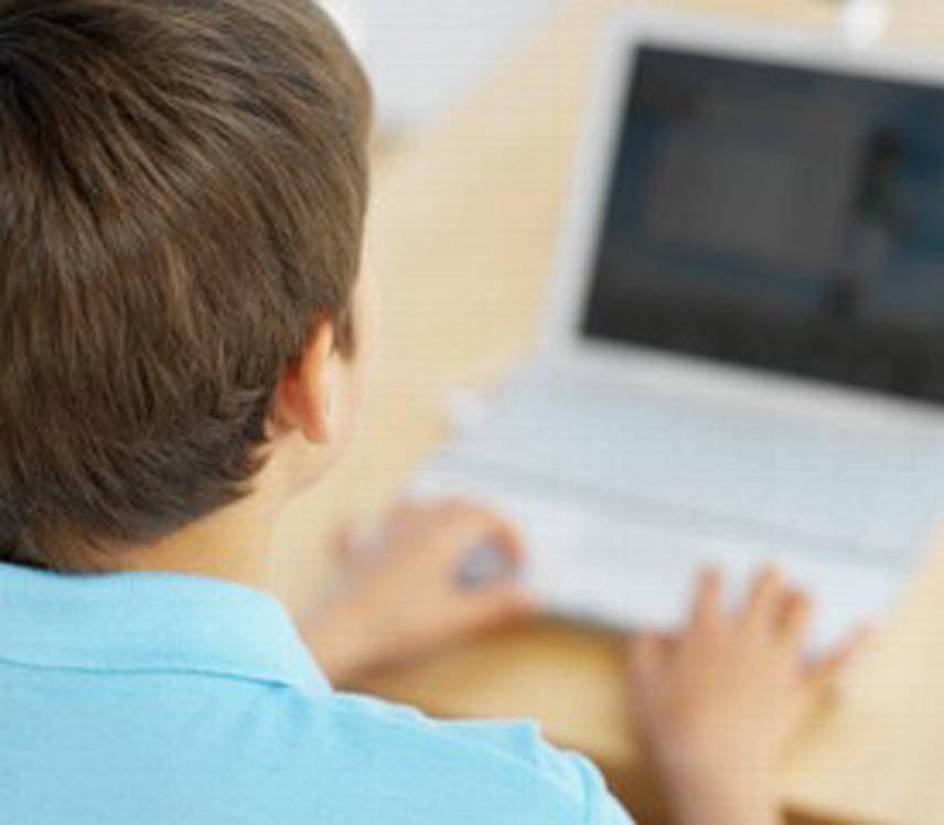 Web Un click per controllare la chat del figlio