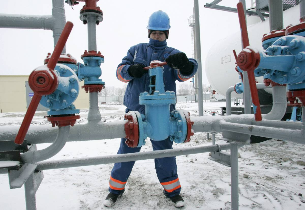 """Gas, l'ordine di Putin:  """"Tagliare i rifornimenti"""""""