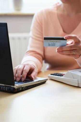 Banche: vince il conto corrente online