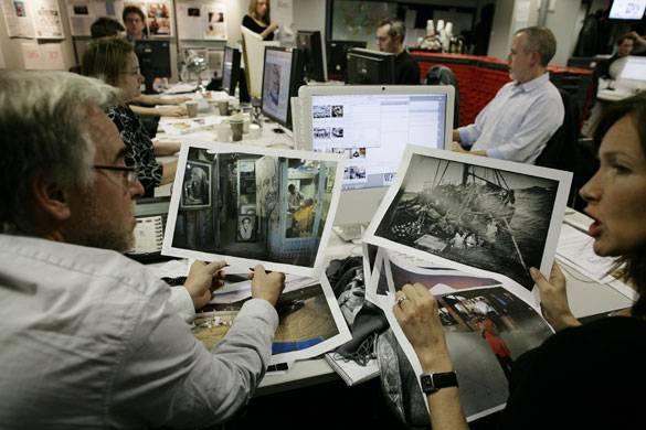 """Al """"Guardian"""" i redattori vivono in Internet"""