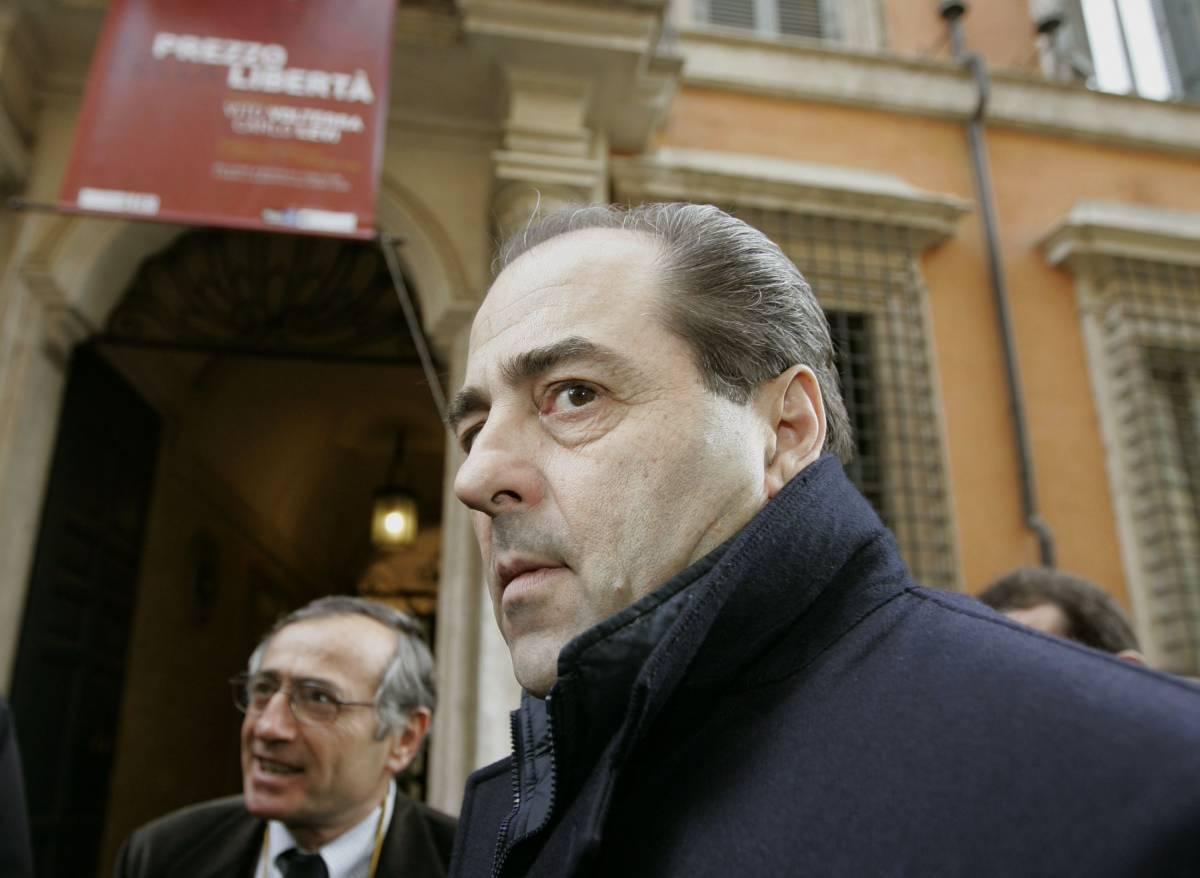 Napoli, Di Pietro sotto torchio dai pm  Il figlio Cristiano è indagato