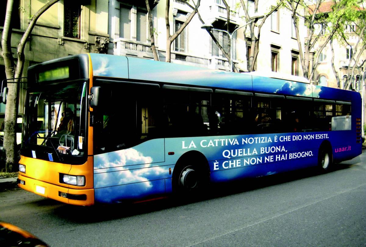 Genova, niente bus atei  Almeno per il momento