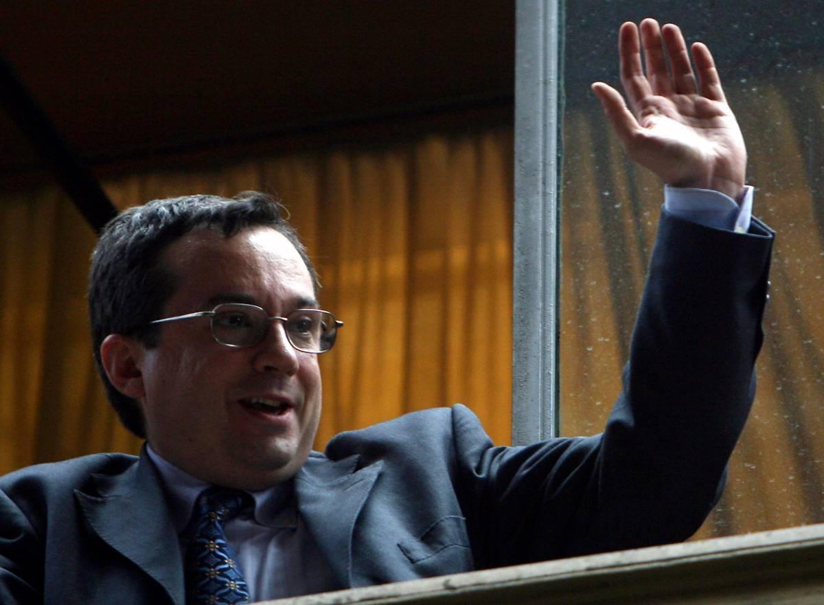 """Rai, Villari alle Camere:  """"Io non mi dimetto"""". Il Pd:  sciogliere la commissione"""