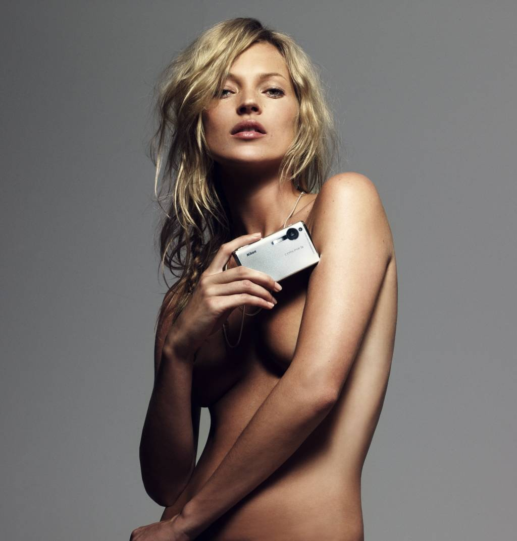 Kate Moss: 35 anni   tra feste e bagordi