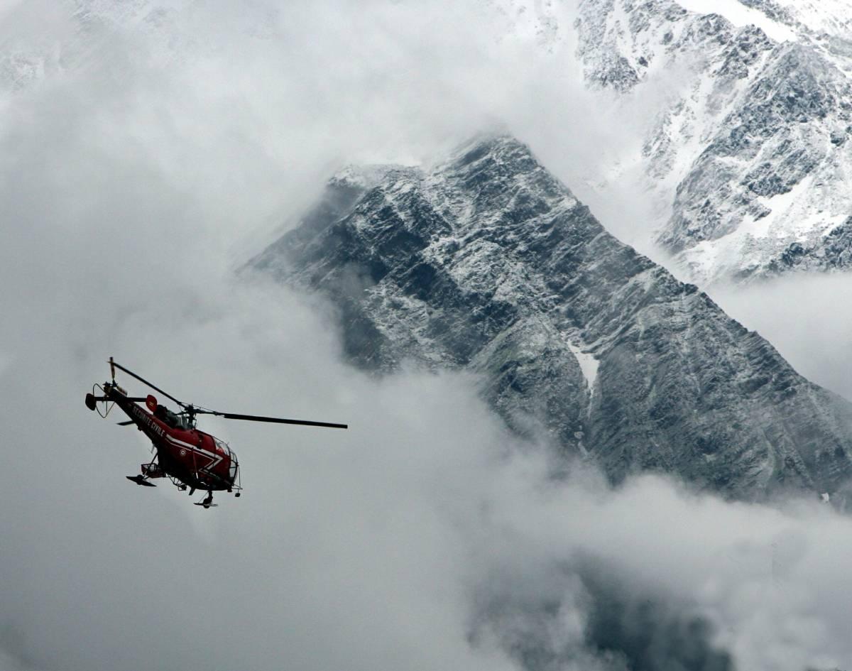 Tragedia sul Monte Bianco: muoiono 4 alpinisti