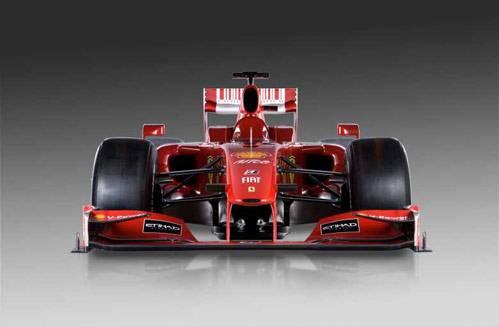 Ferrari, test solitari al Mugello. Teme confronti con la McLaren?