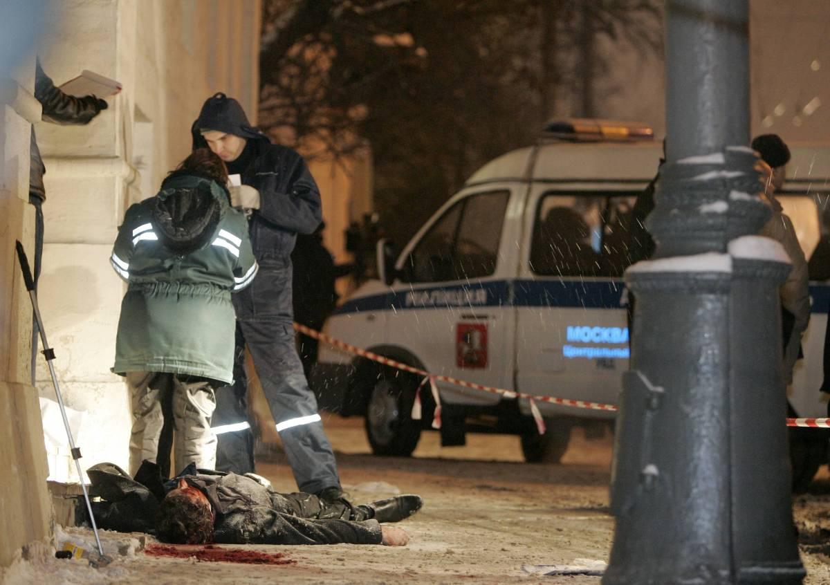 Mosca, uccisi legale e cronista  Erano legati alla causa cecena