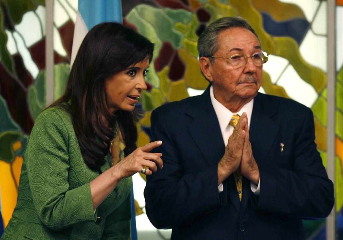 L'America Latina a Obama:  via l'embargo a Cuba