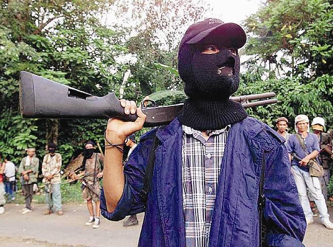 Filippine, interrotti i contatti con i volontari rapiti